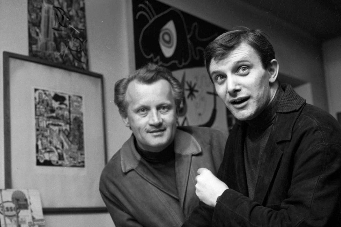 Jiří Suchý (vpravo) a Jiří Šlitr, 1965