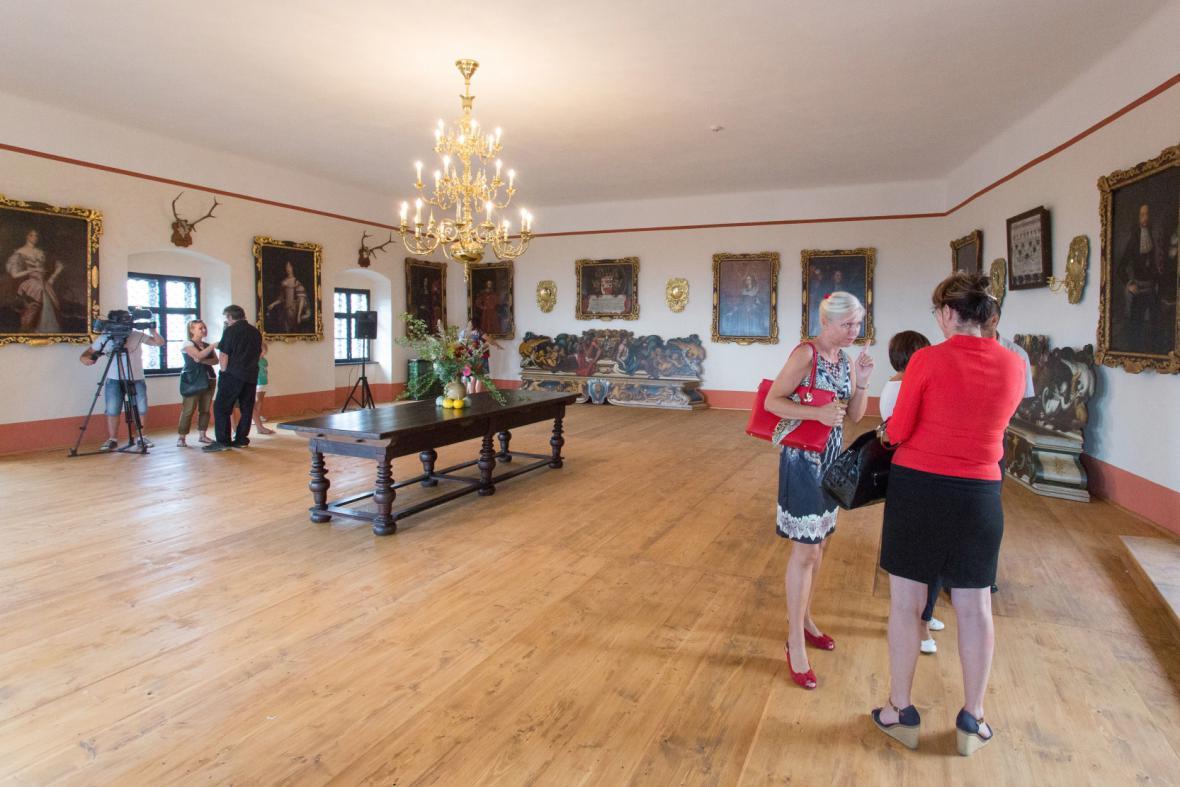 Opravený taneční sál