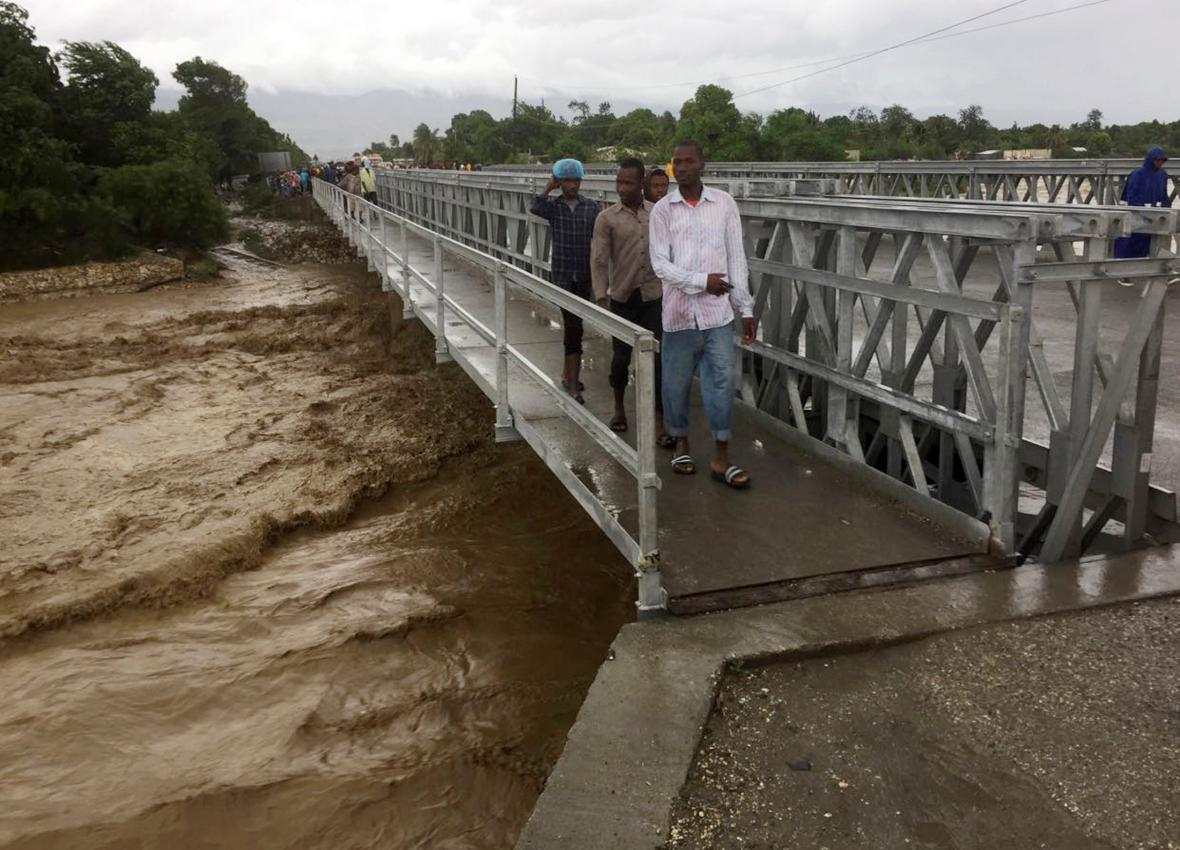 Matthew pustoší metropoli na Haiti