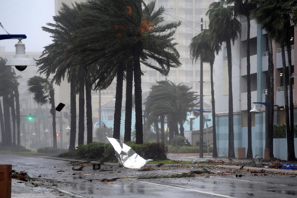 Florida se potýká se silným vichrem