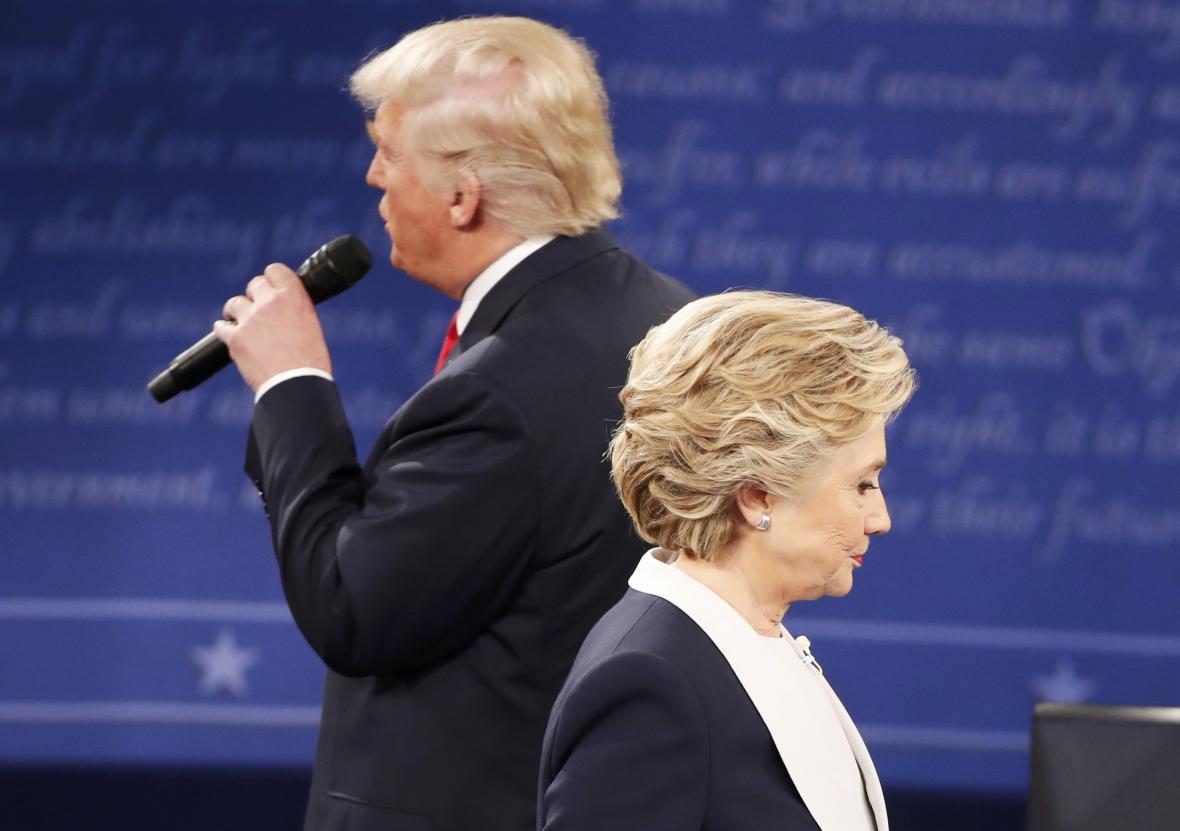 Duel Trumpa s Clintonovou