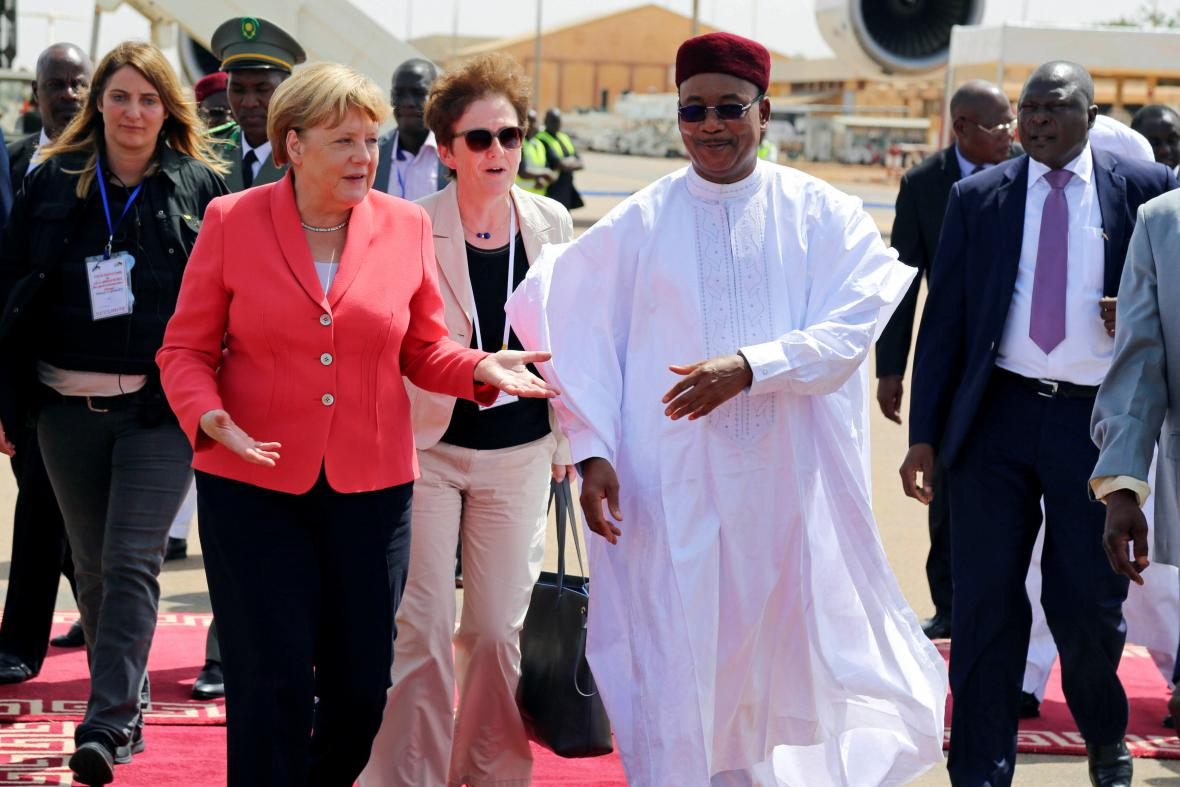 Angela Merkelová s nigerijským prezidentem