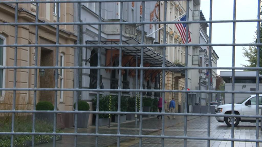 O plot vyčnívající do náměstí se léta vedou spory