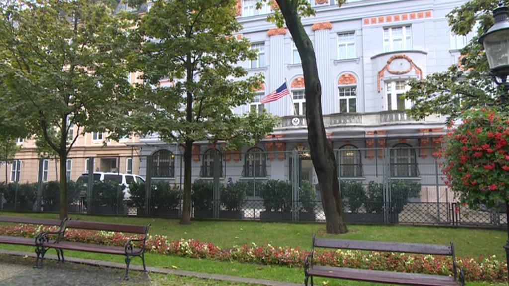 Plot u bratislavské ambasády