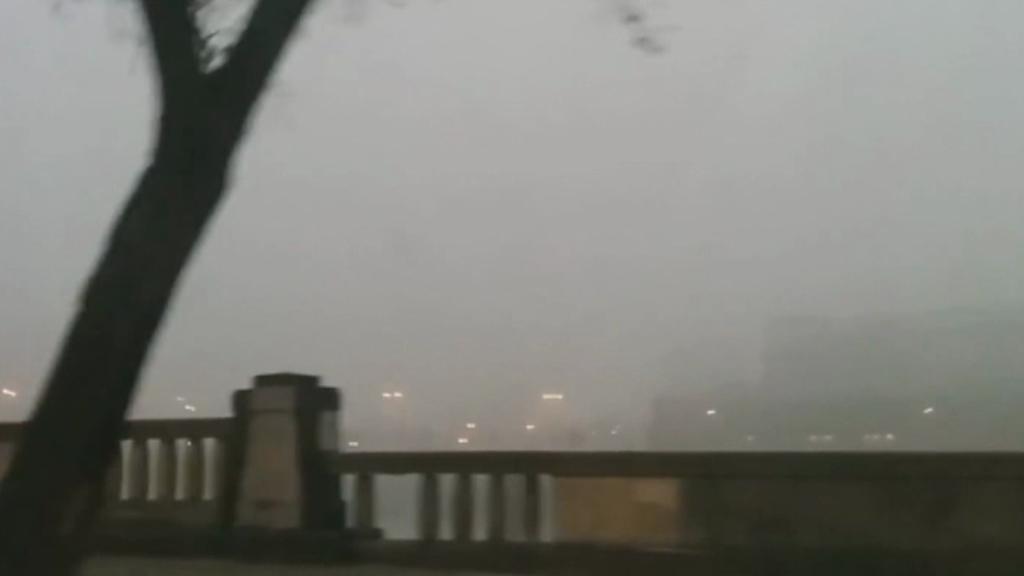 Vyhlídka na Krakov během smogové situace