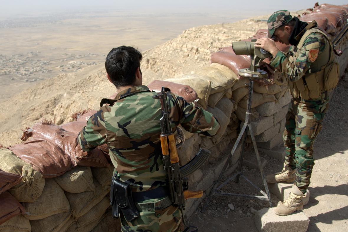 Irácké jednotky se připravují na boj s IS v Mosulu