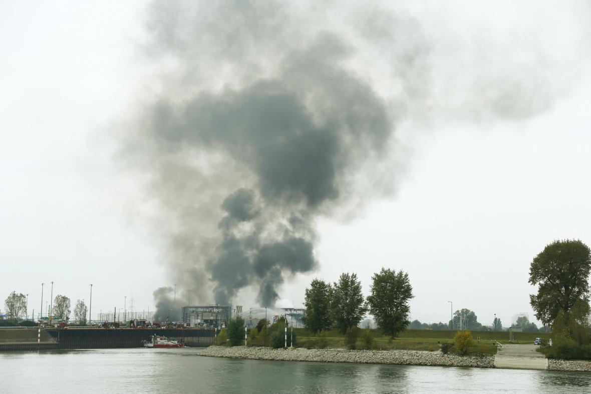 Výbuch v chemičce BASF v Německu