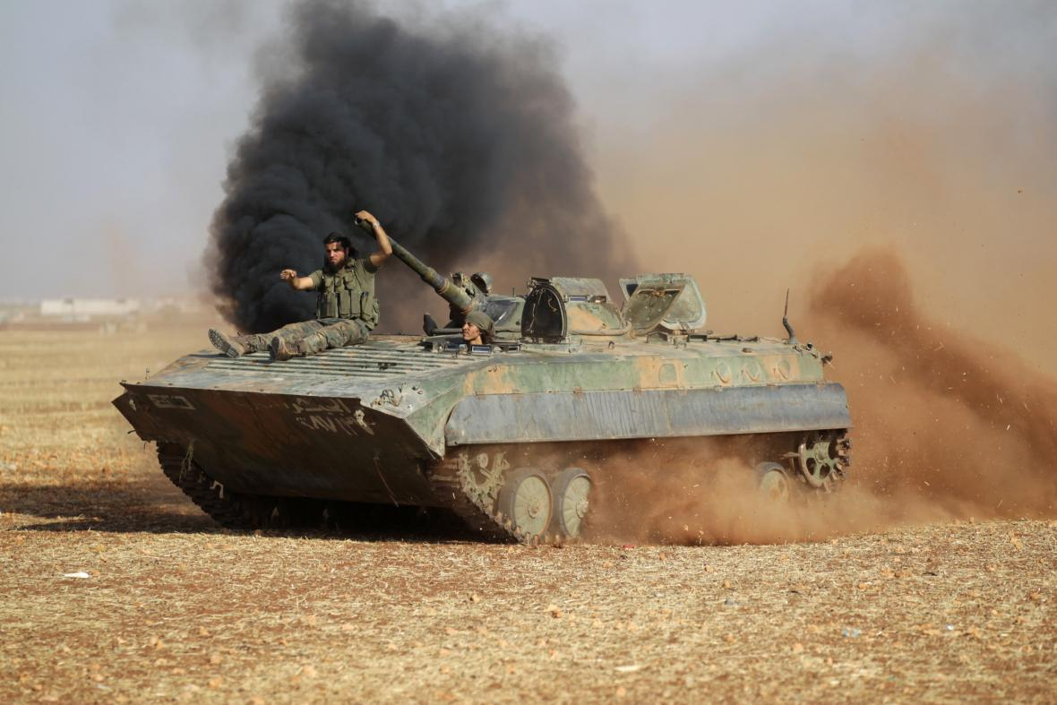 Rebelové ze Syrských demokratických sil (SDF)