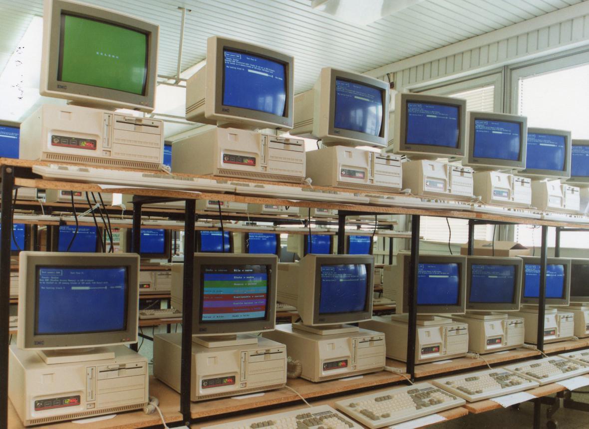Počítače TNS