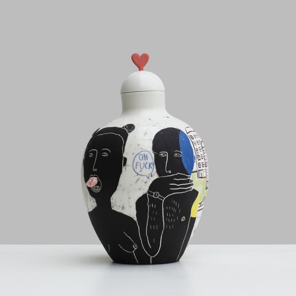 Politicky nekorektní váza Zuzany Svátik