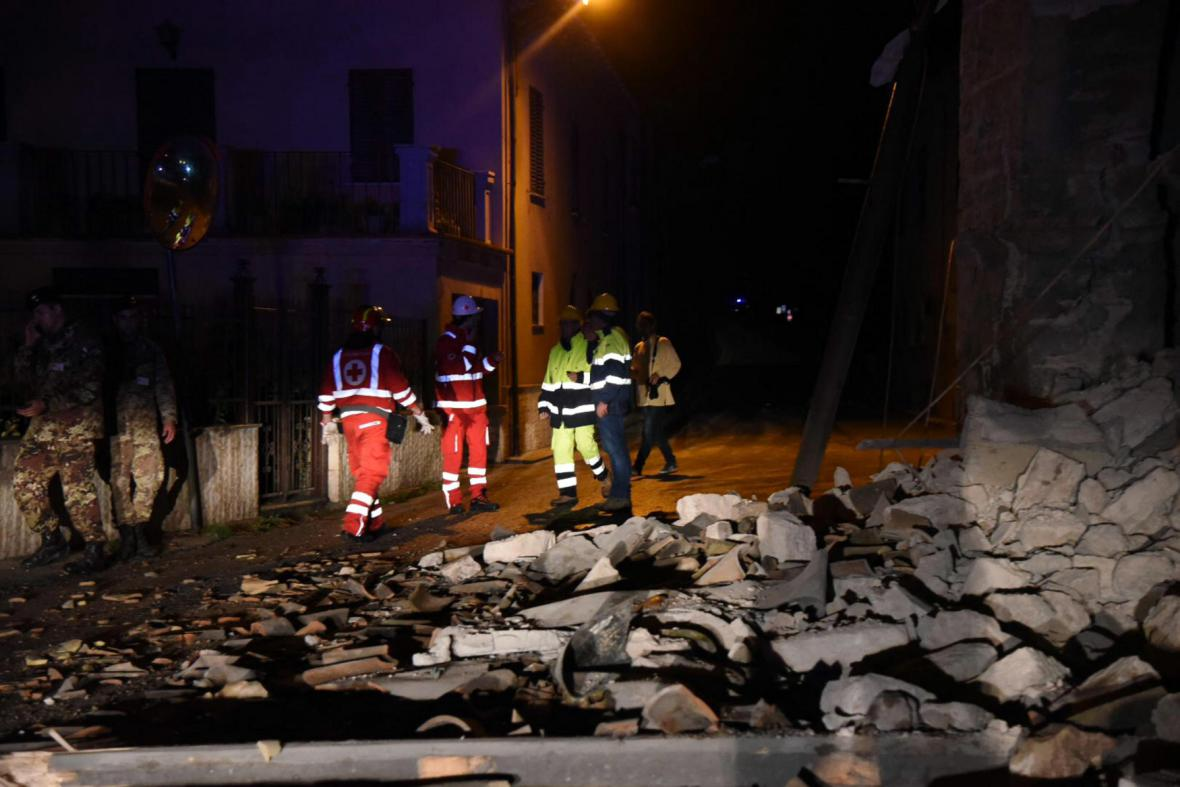 Do zasažených obcí dorazili záchrannáři