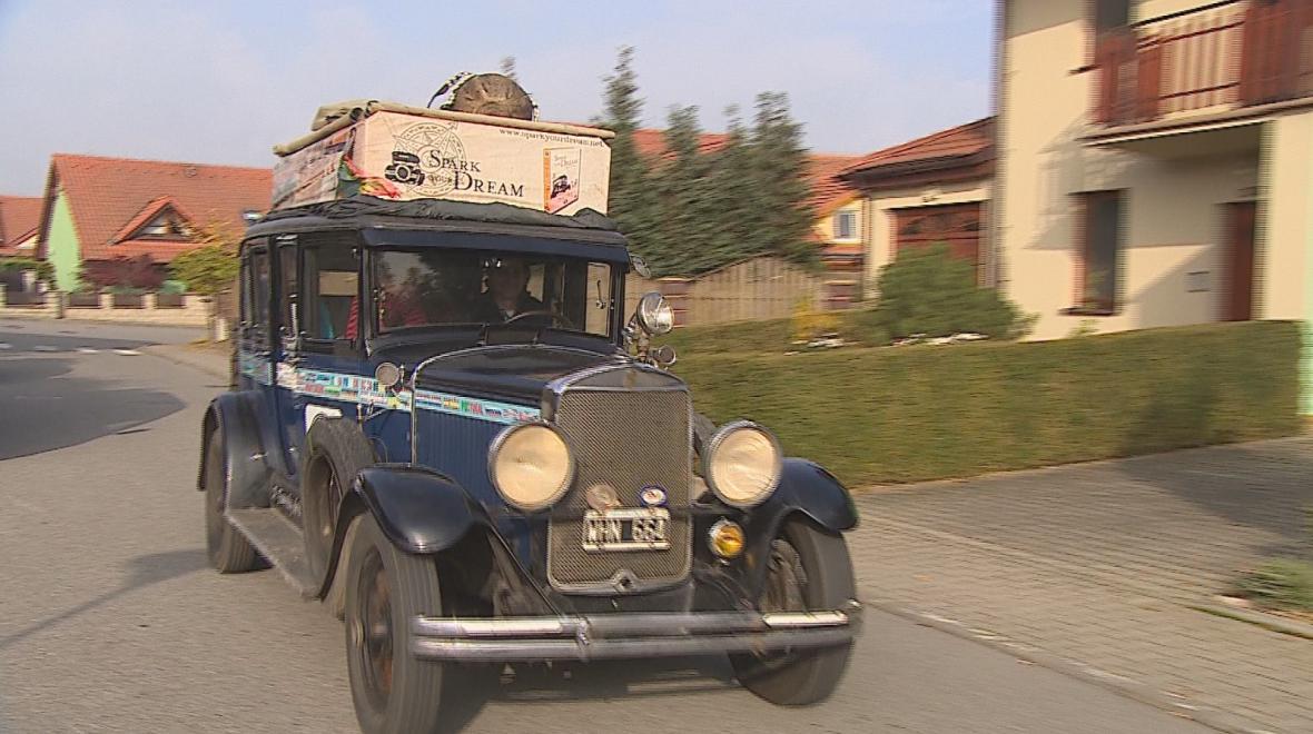 Auto ze 30.let je pro Zappovy druhým domovem