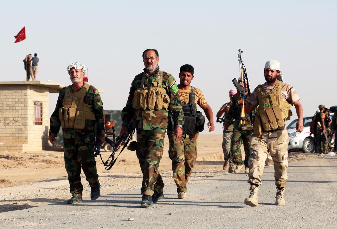 Bojovníci iráckých jednotek