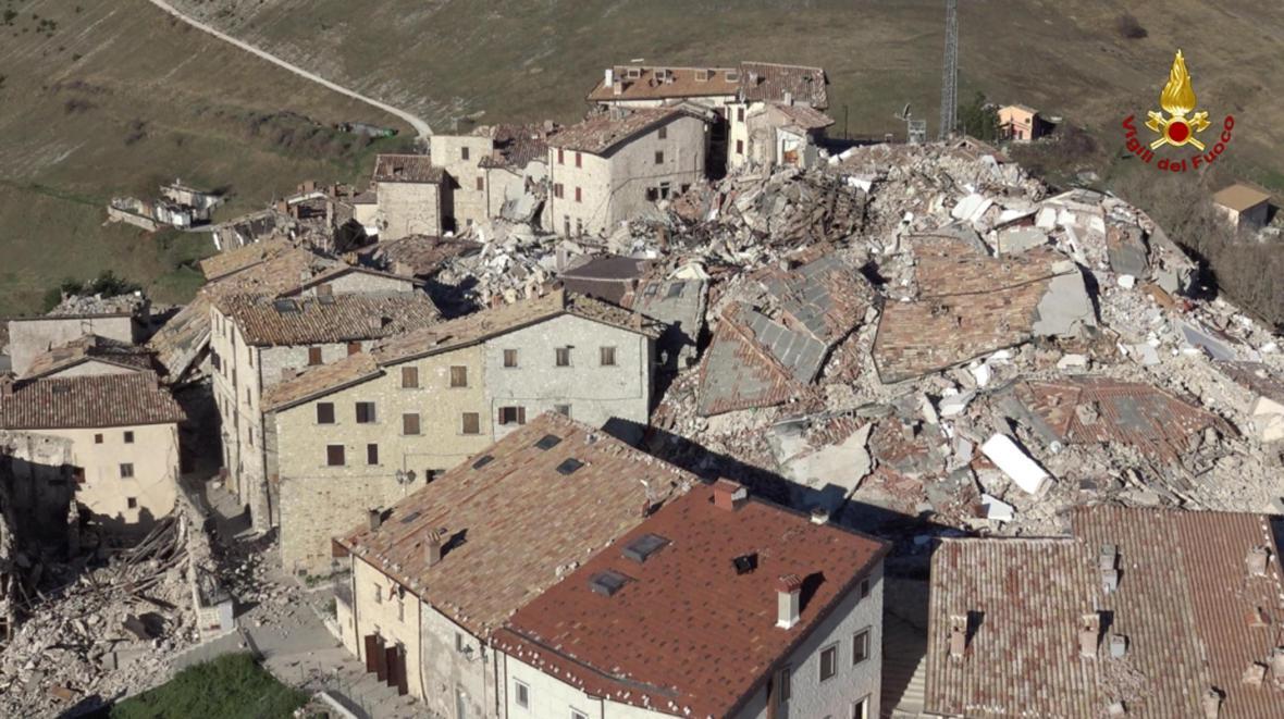 Obec Castellucio