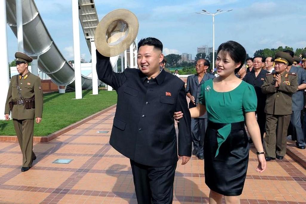 Kim Čong-un s manželkou