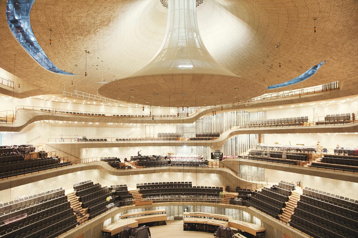 Velký koncertní sál pojme přes dva tisíce posluchačů