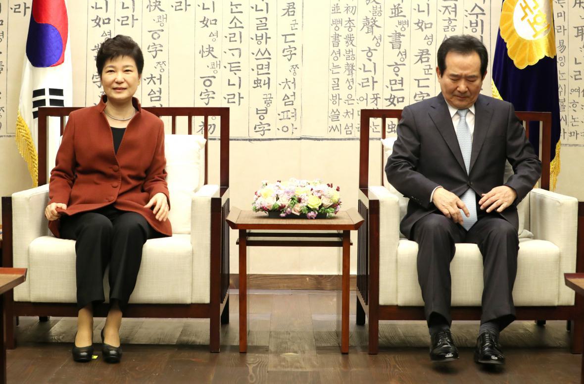 Jihokorejská prezidentka Pak Kun-hje s parlamentním mluvčím