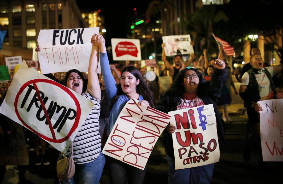 Demonstranti odmítli Trumpa i v San Diegu
