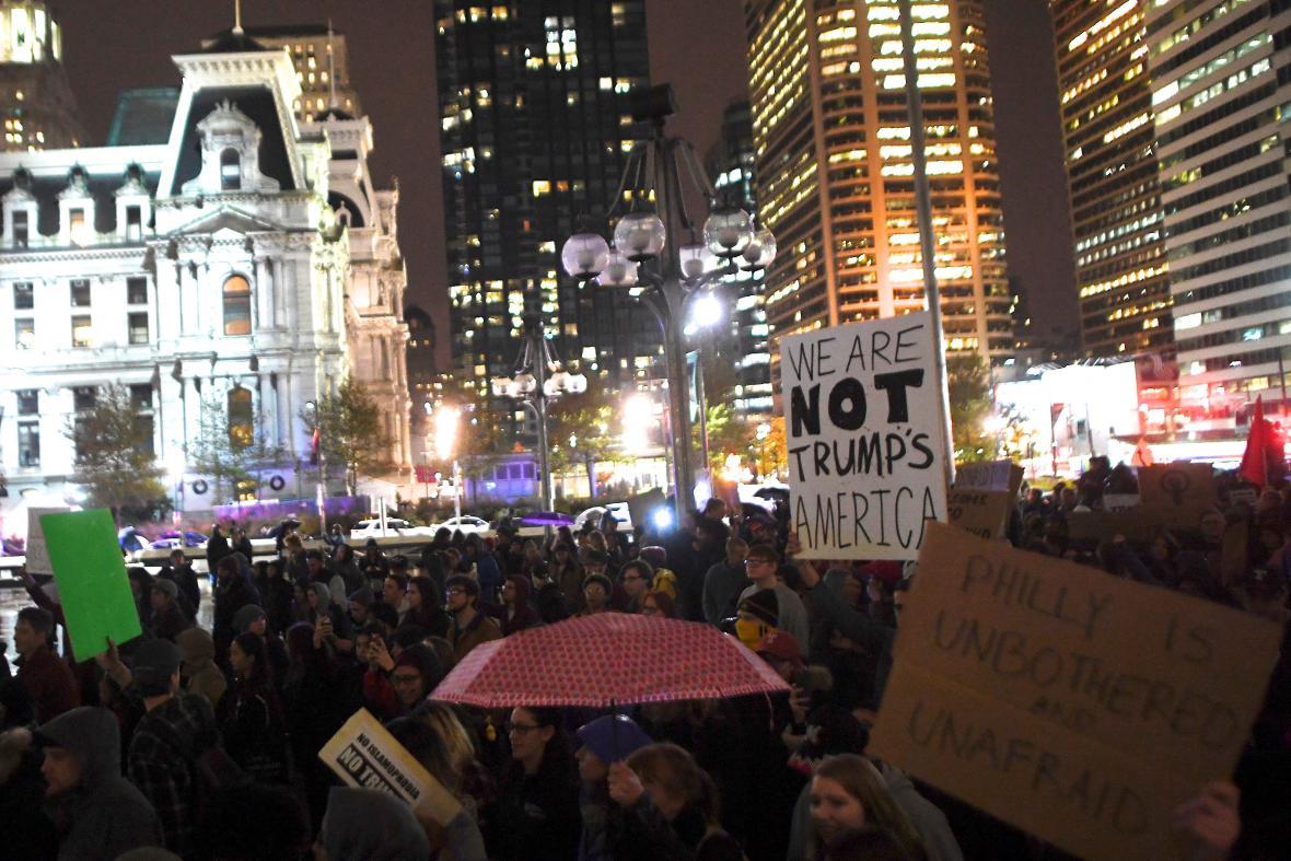 Lidé vyšli do ulic Filadelfie