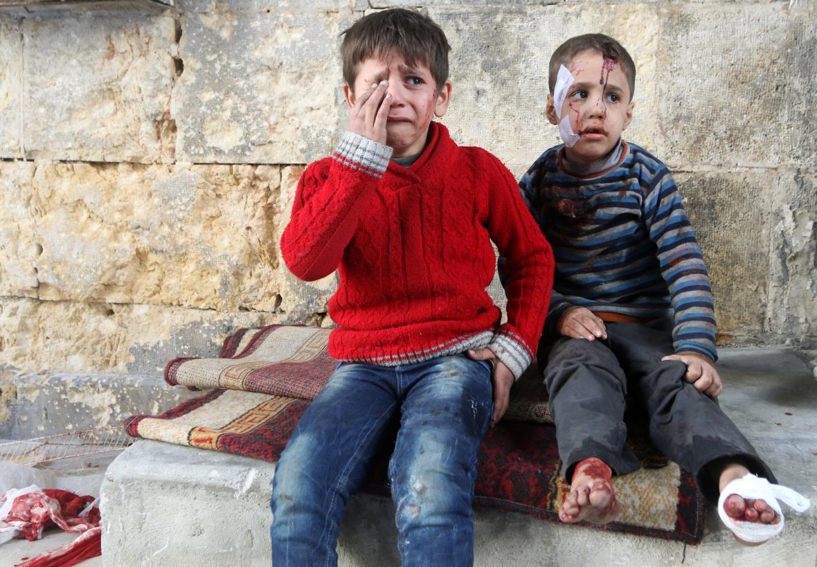 Zraněné děti v Aleppu