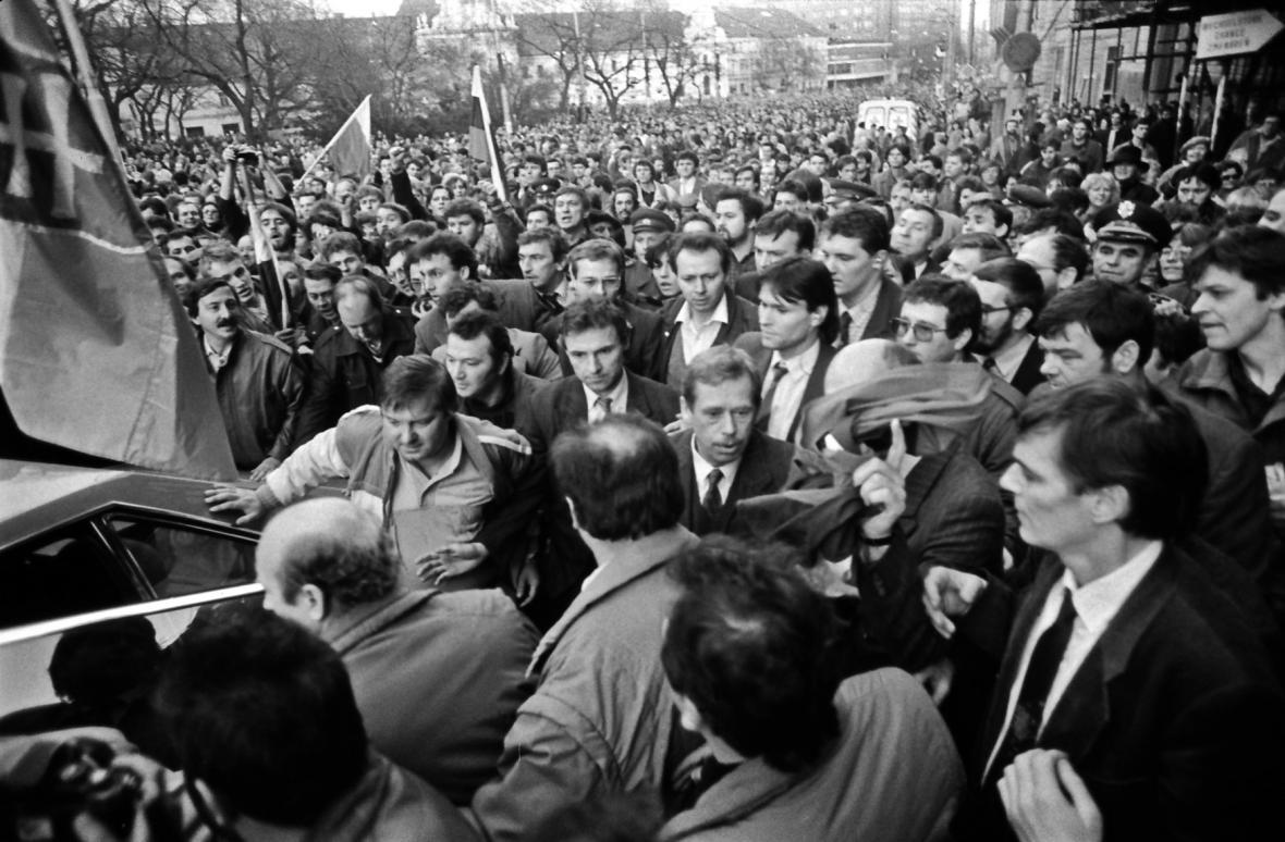 Václav Havel v nepřátelsky naladěné Bratislavě
