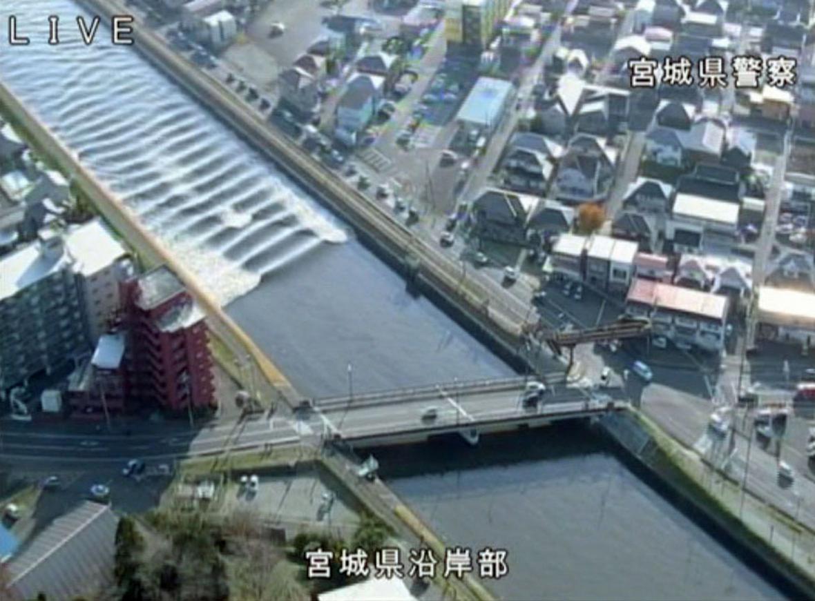 Metrová tsunami v Japonsku