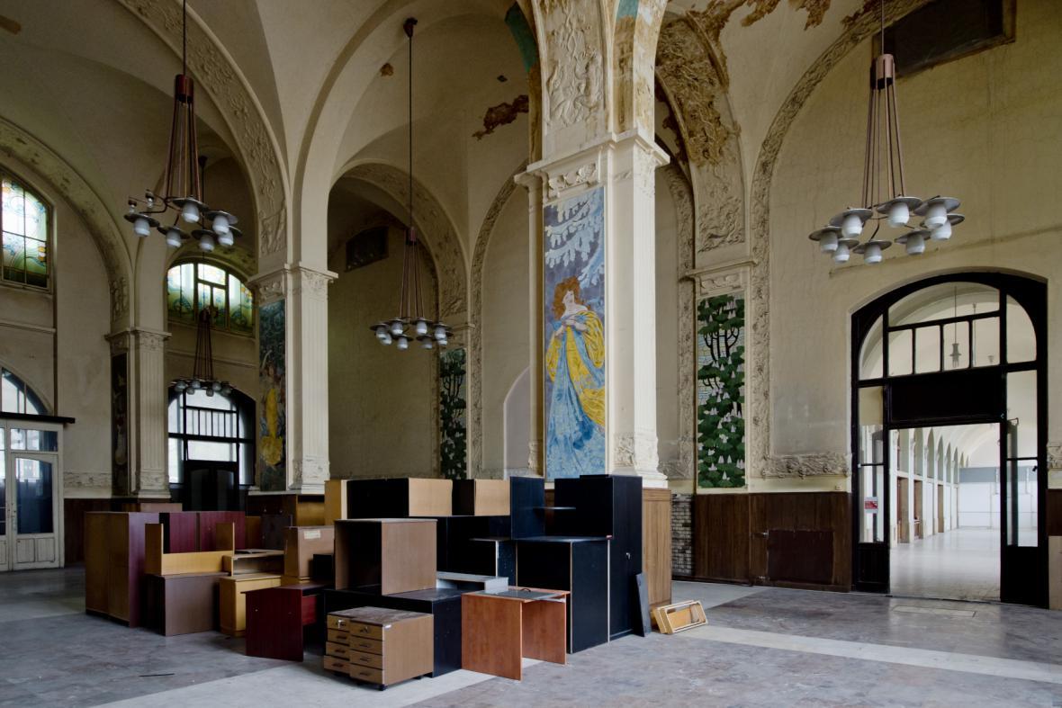 Fantova budova na pražském hlavním nádraží