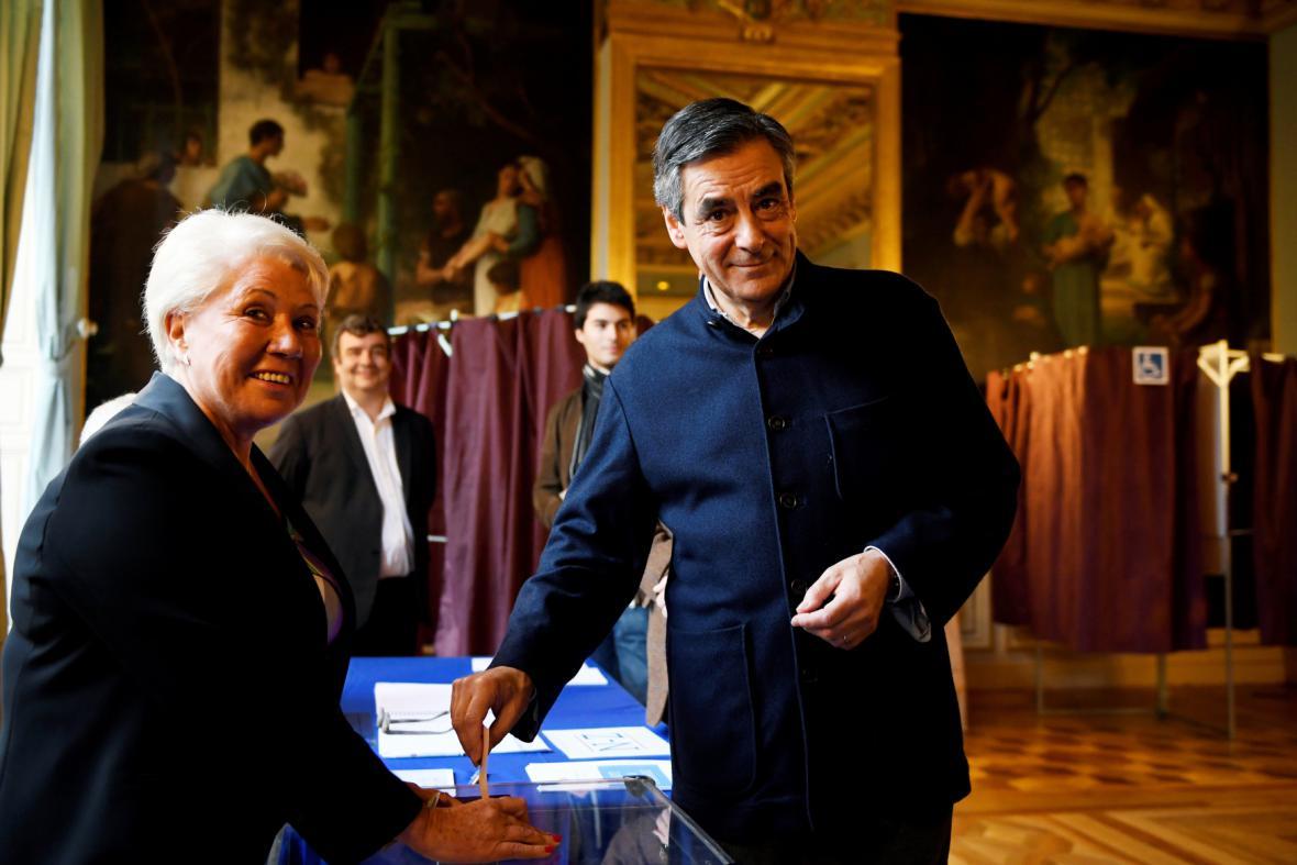 François Fillon volí v 7. pařížském okrsku