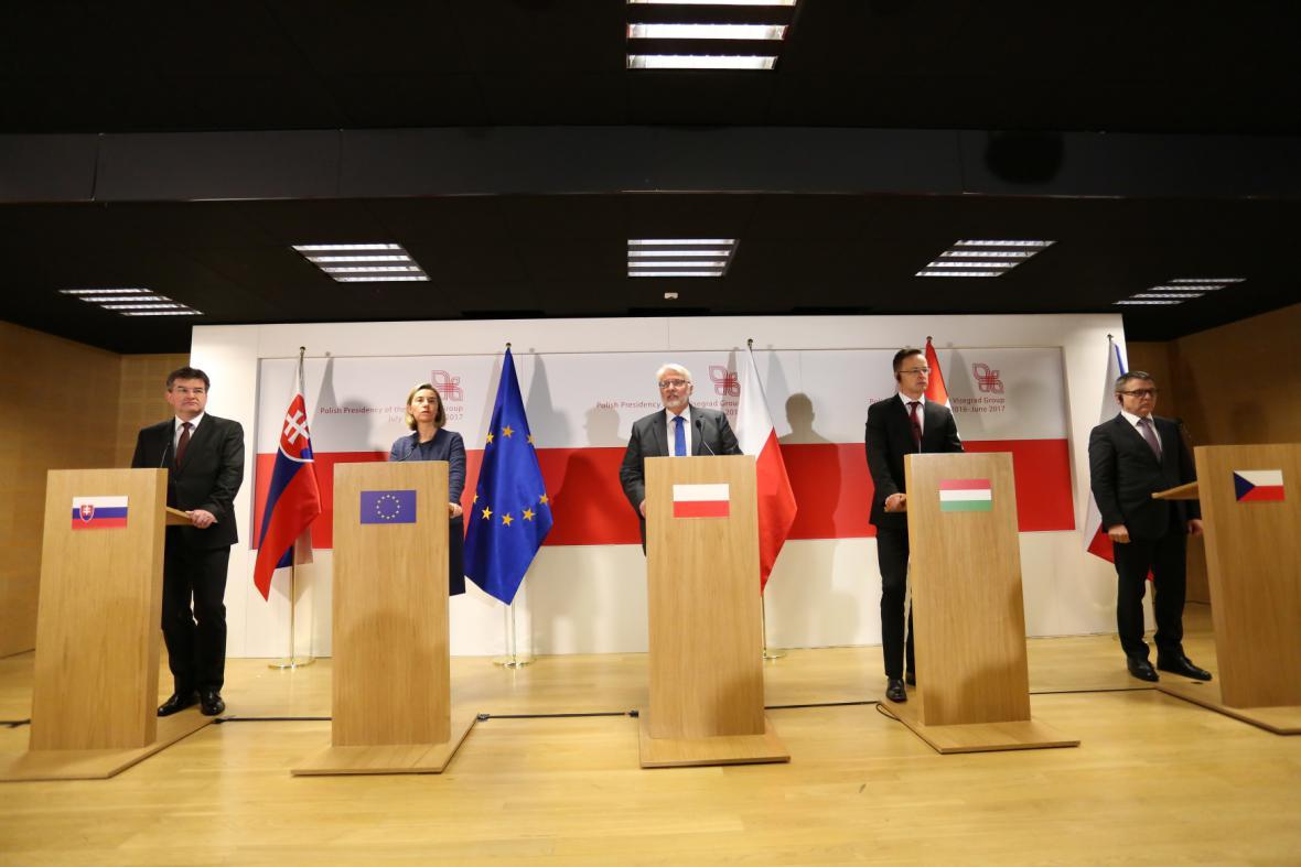 Jednání Visegrádské čtyřky ve Varšavě