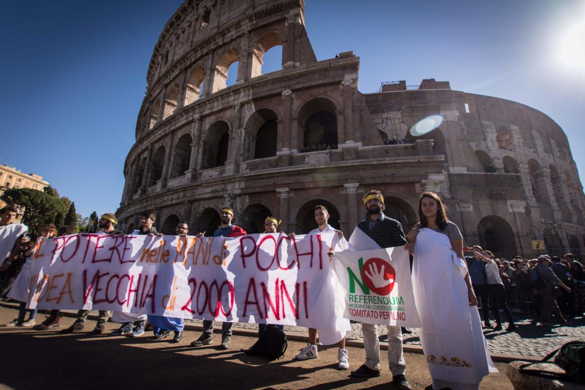 Protest proti ústavním změnám v Itálii