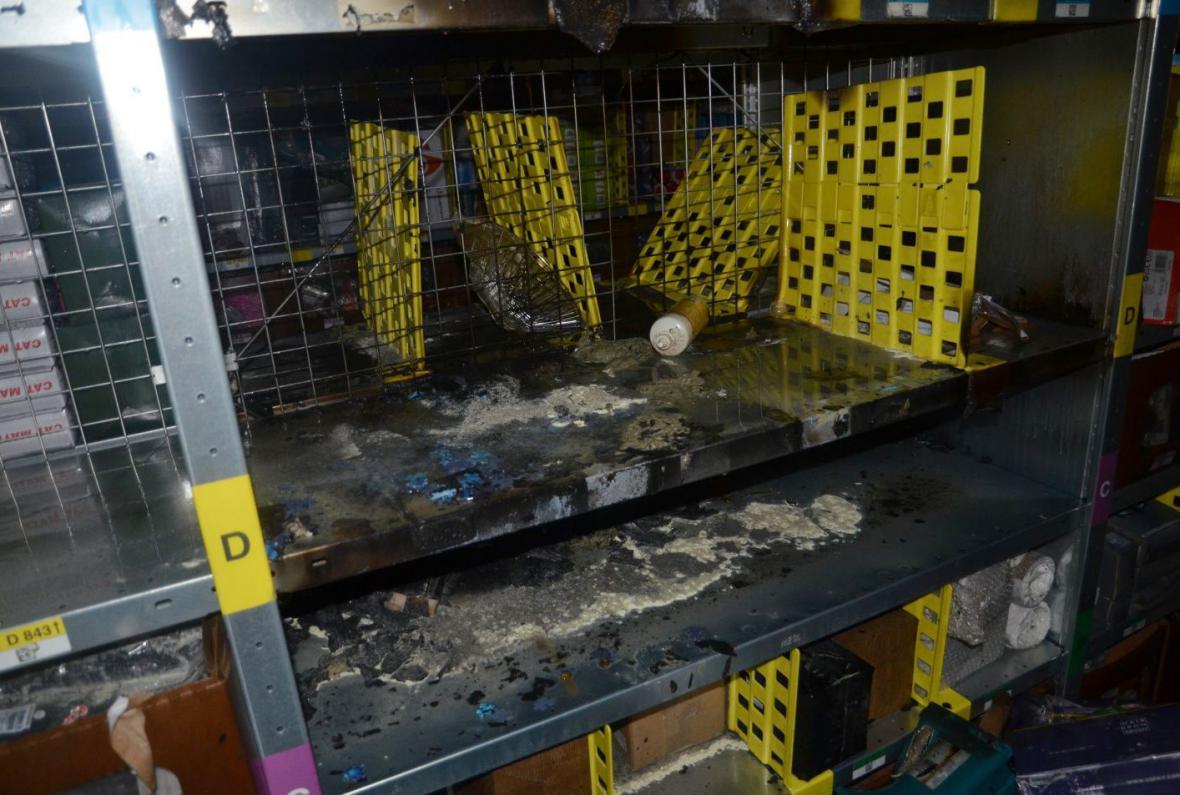 Požár zničil zhruba v hodnotě 100 tisíc korun