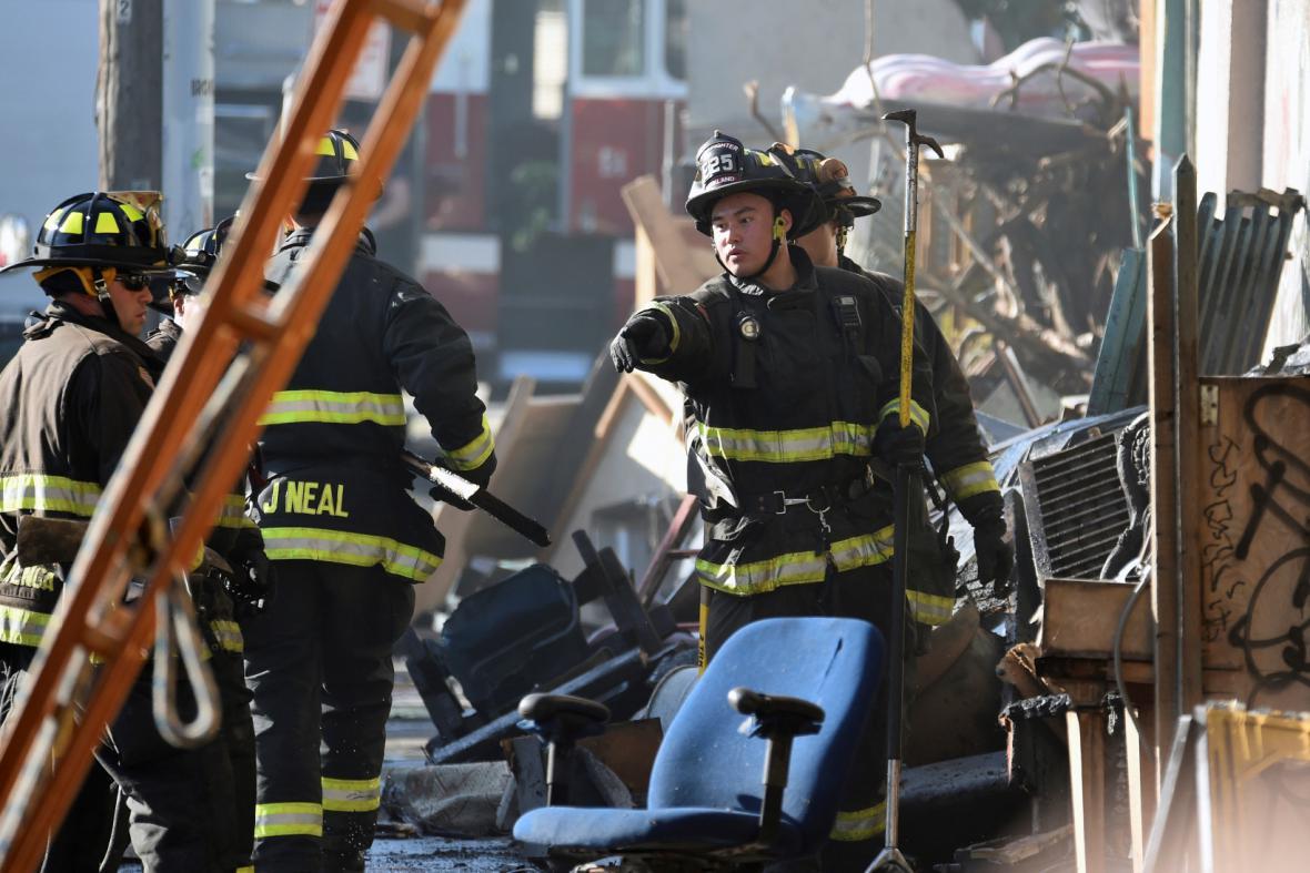 Následky požáru v Oaklandu