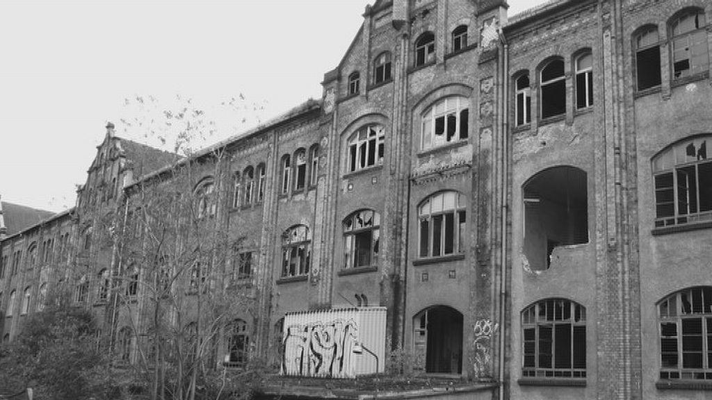 Továrna v saském Freibergu