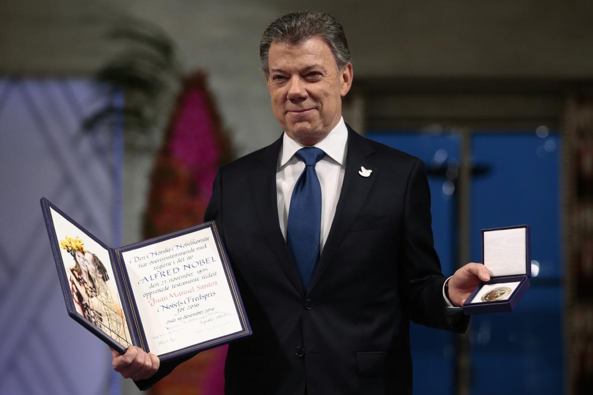 Juan Manuel Santos převzal Nobelovu cenu za mír