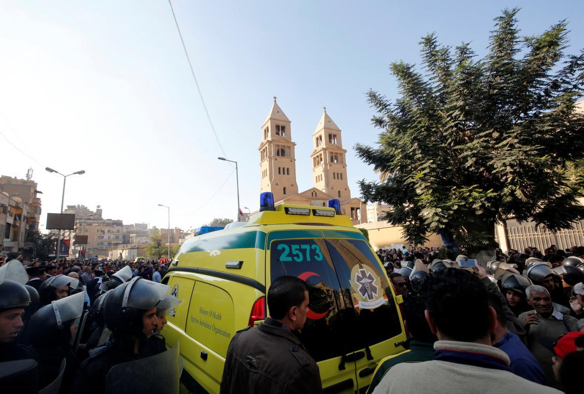 Útok v káhirské katedrále