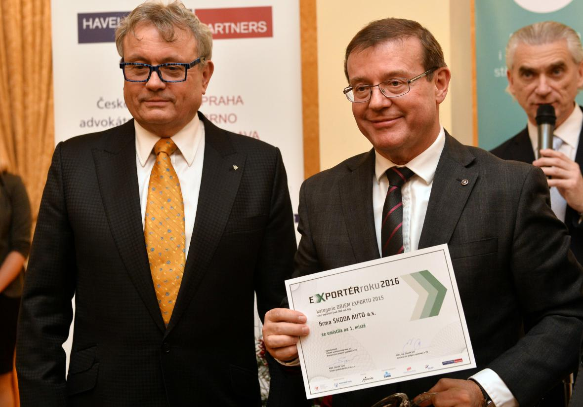 V kategorii Objem exportu převzal ocenění Bohdan Wojnar ze Škoda Auto.