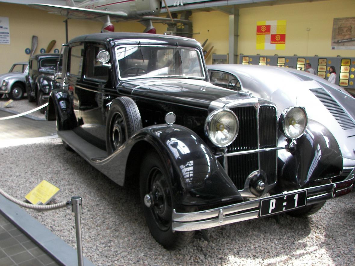 Luxusní limuzína Tomáše G. Masaryka