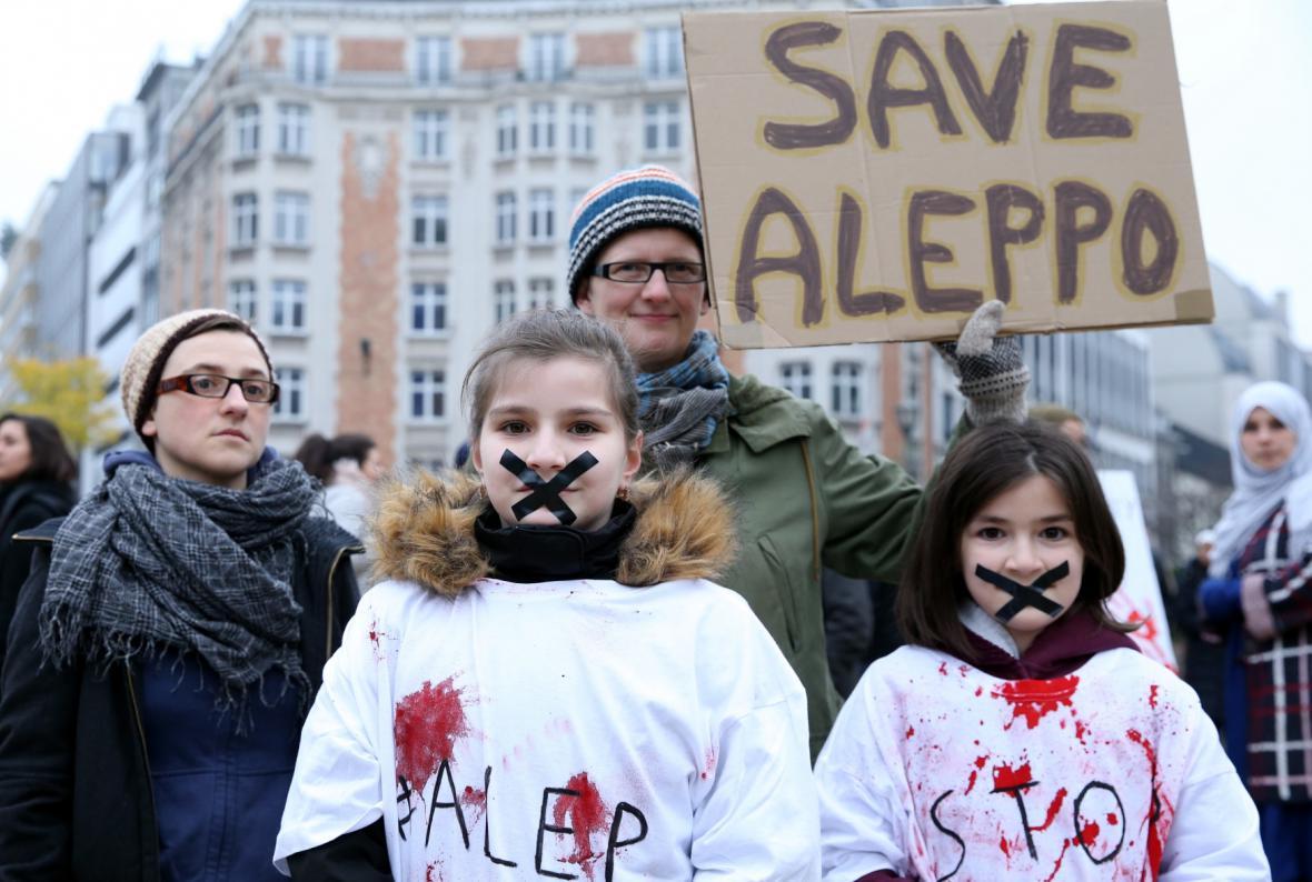 Evropa soucítí s lidmi v Aleppu