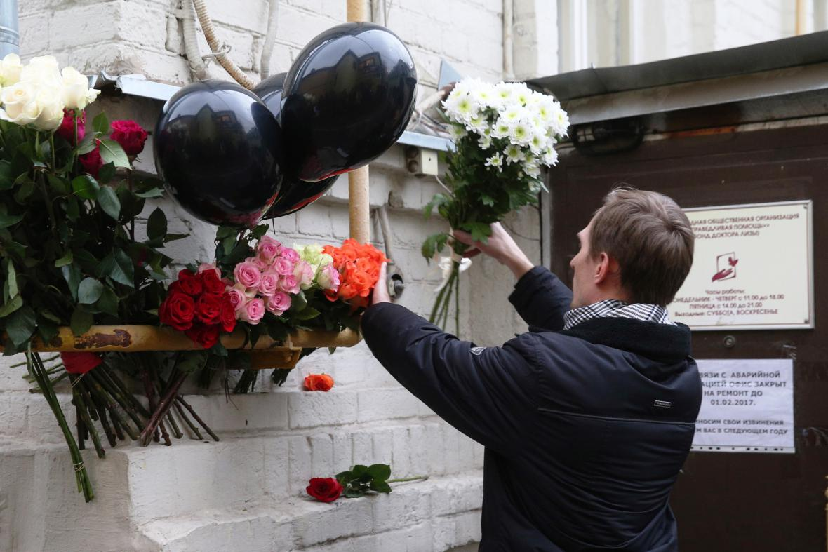 Vzpomínka na oběti pádu ruského letounu do Černého moře