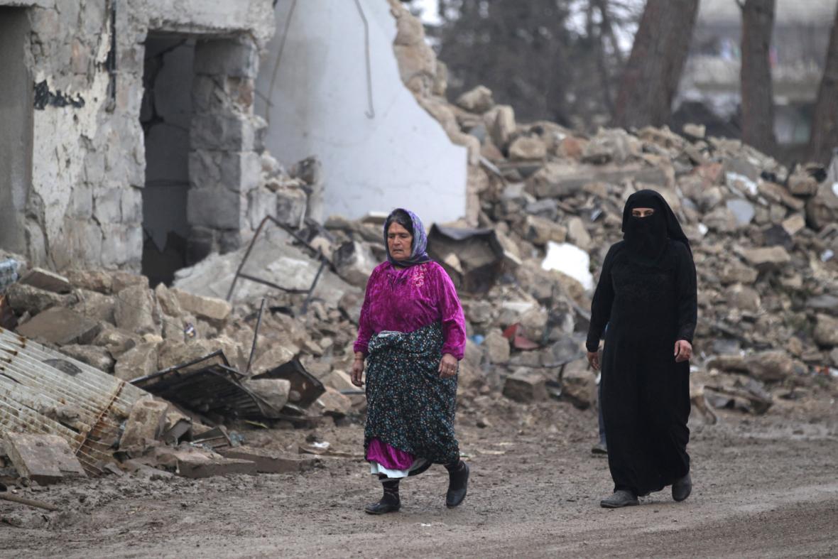 Následky bojů v provincii Aleppo