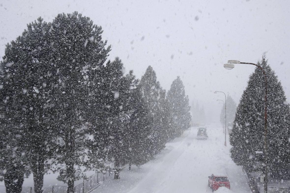 Sněhová přeháňka v Novohradských horách