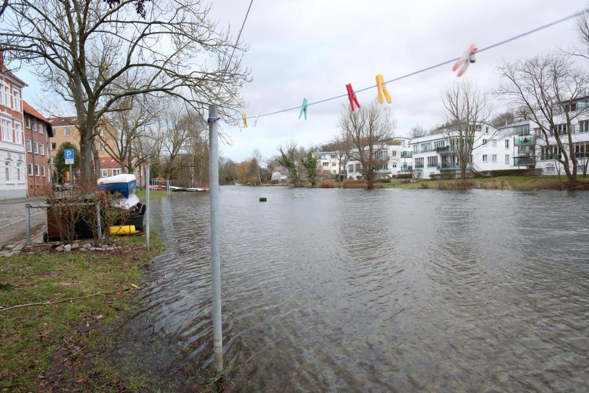 Rozvodněná řeka v Lübecku