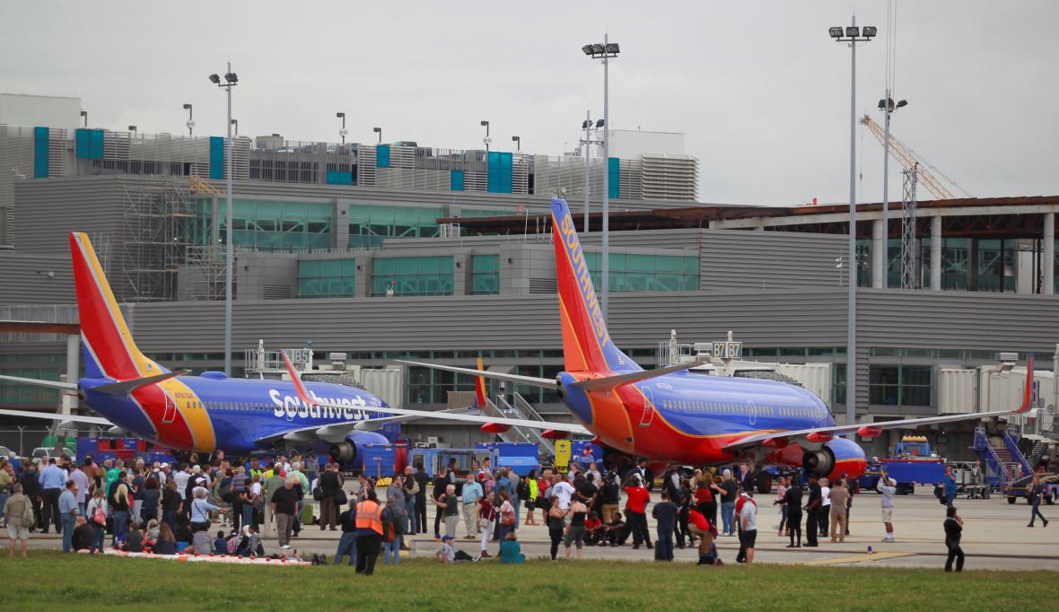 Střelba na letišti na Floridě