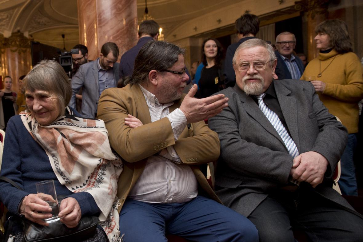 Dana Němcová, Alexandr Vondra a Daniel Kroupa
