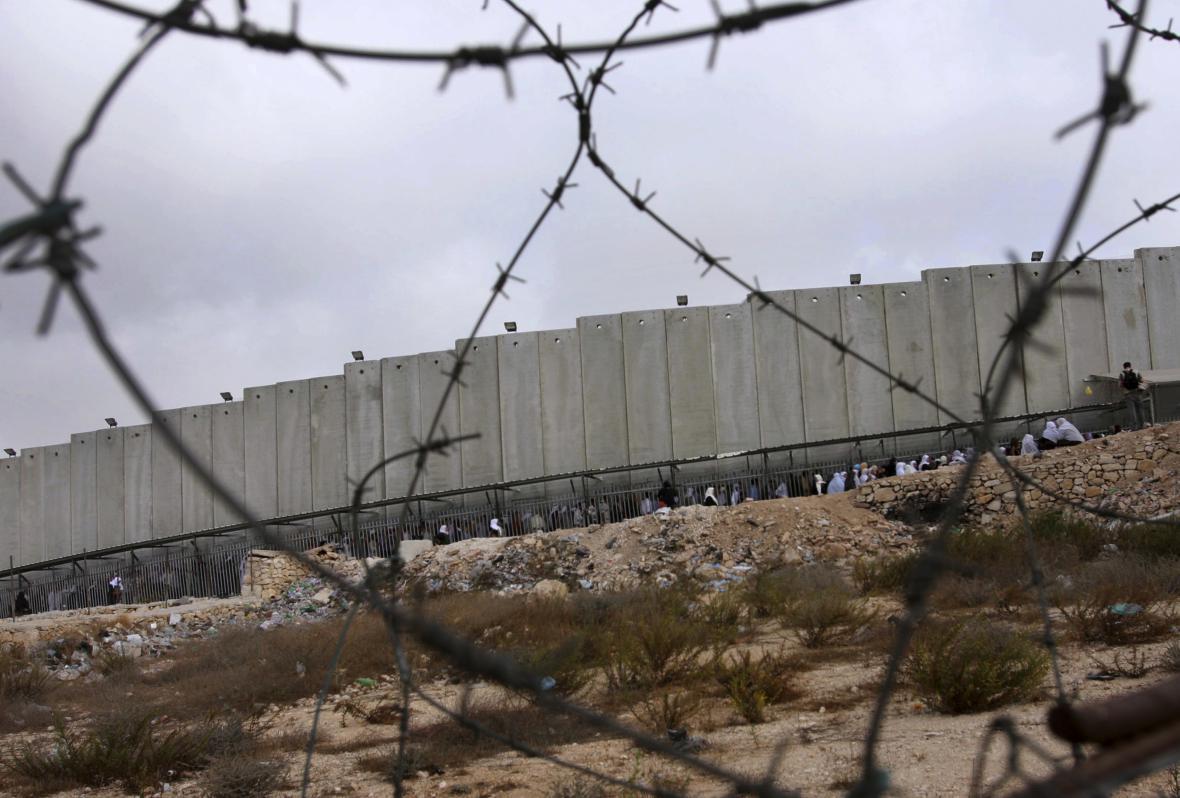 Zeď oddělující Izrael od Západního břehu