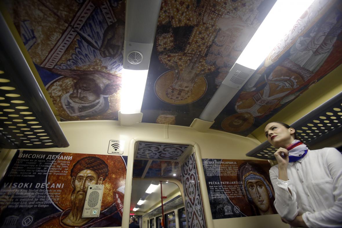Prostory vlaku mířícího ze Srbska na sever Kosova