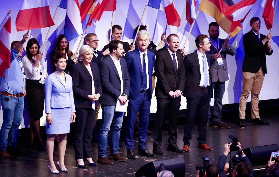 Setkání představitelů evropské krajní pravice v Koblenci