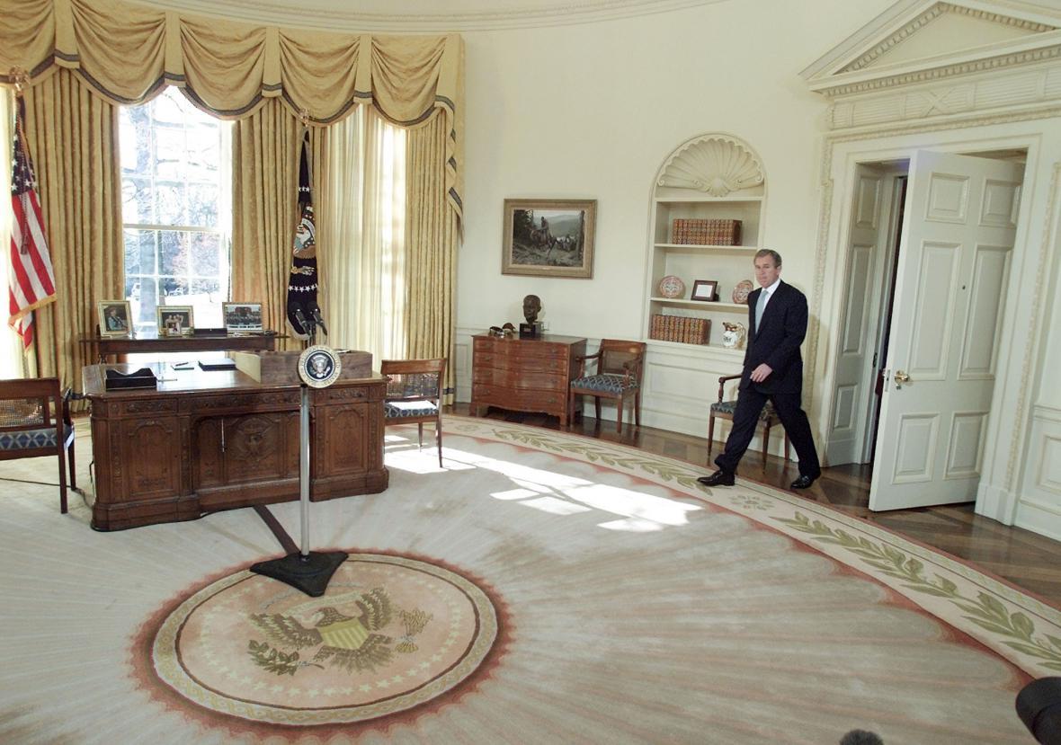 George Bush v prvních dnech svého úřadování