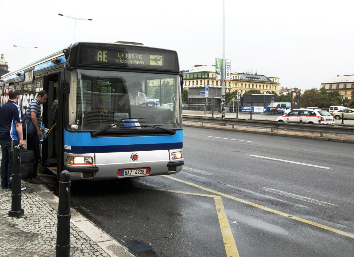 Letištní autobus