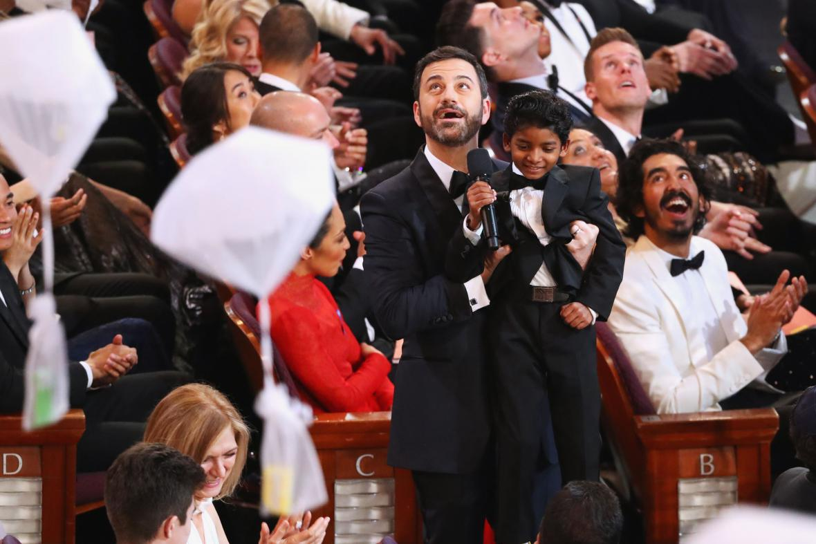 Jimmy Kimmel a mladý herec Sunny Pawar